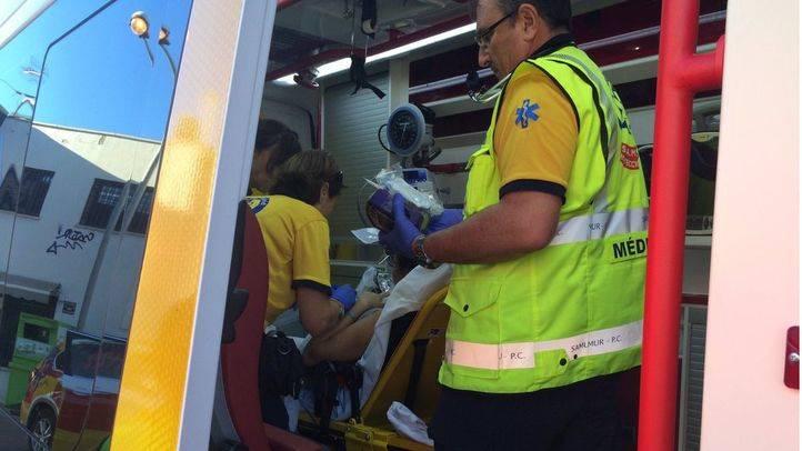 Una mujer de 37 años da a luz a un bebé prematuro en una gasolinera de la avenida Portugal