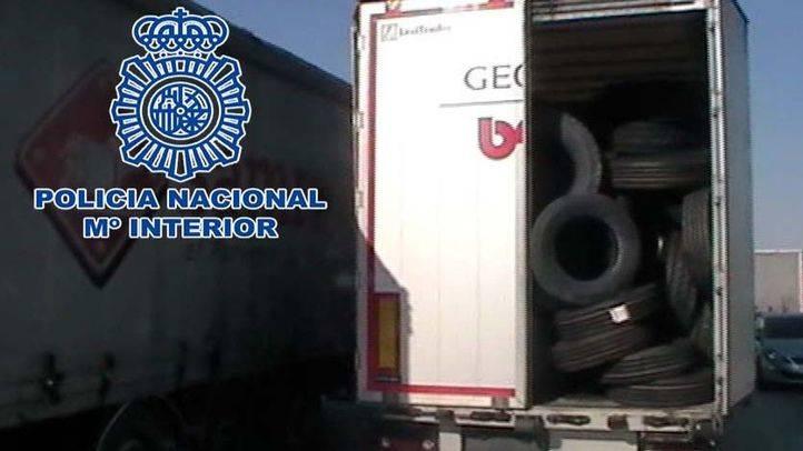 Dos detenidos por el robo de un remolque de neumáticos en Alcalá