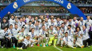 Un gol de furia de Carvajal da la Supercopa a un Madrid que remontó al Sevilla (3-2)