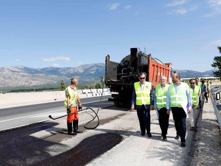 Comienza la rehabilitación de un tramo de la carretera M-862 en Soto del Real