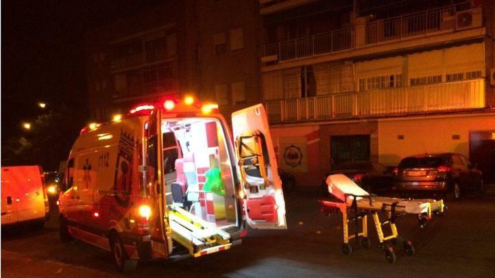 Once intoxicados en un incendio en un edificio de Puente de Vallecas