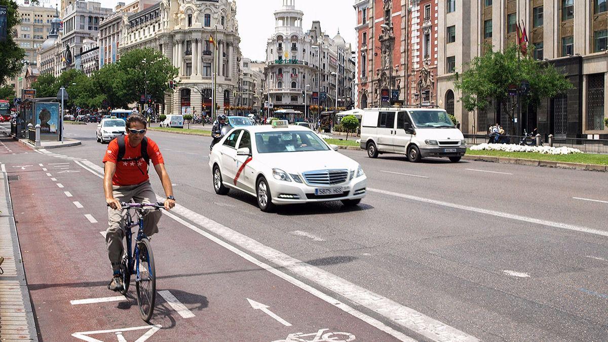 El ayuntamiento recupera los carriles bici en ocho nuevos for Direccion madrid espana