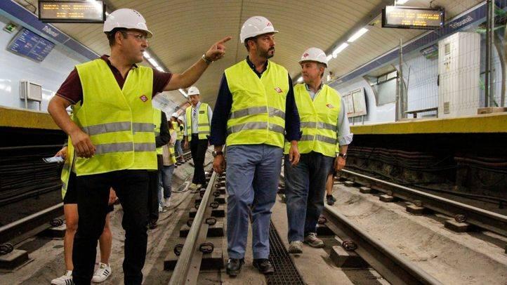 Rollán no descarta abrir algunas estaciones de la línea 1 de Metro antes de lo previsto