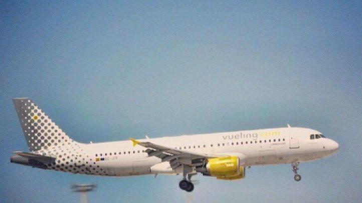 La Policía abre una investigación sobre los motivos del disparo accidental en un avión de Vueling