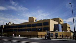 Diecisiete internos se fugan del Centro de Extranjeros de Aluche