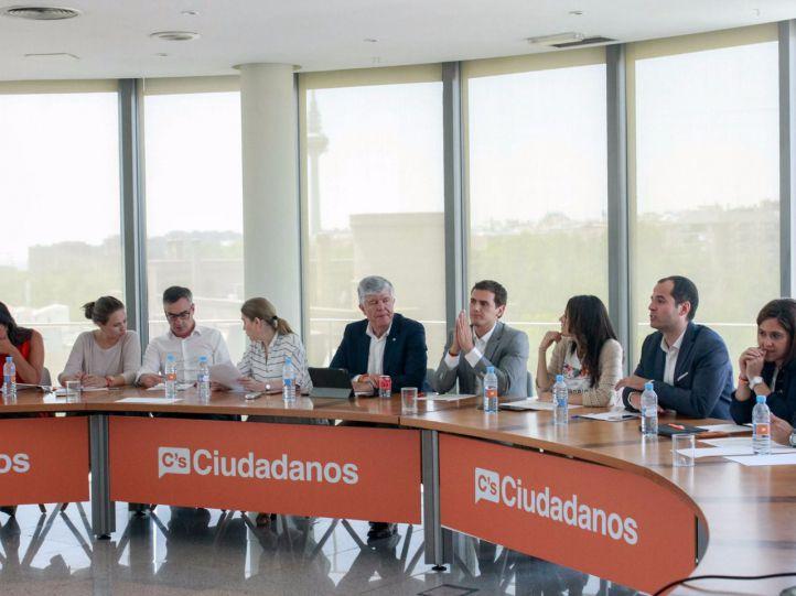 Ciudadanos da un ultimátum de 48 horas al PP para concretar la negociación