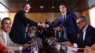 Rajoy y Rivera ratifican 150 medidas para votar juntos