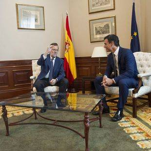 Mariano Rajoy y Pedro Sánchez se reúnen en el Congreso