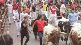Un herido por asta de toro en el quinto encierro de San Sebastián de los Reyes