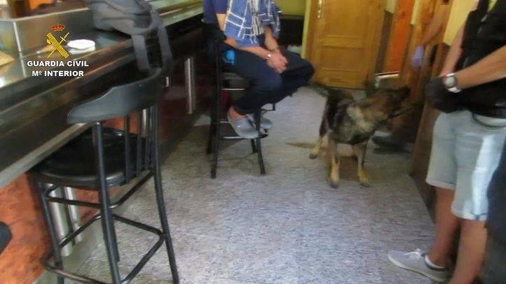 Detenidos por utilizar un bar y un restaurante de Pinto como tapadera para distribuir droga