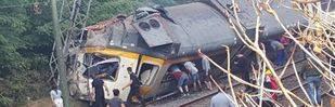 El descarrilamiento de un tren en Galicia deja al menos cuatro muertos y 49 heridos
