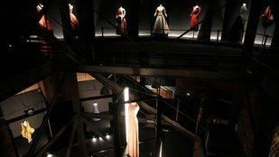 Madrid acoge la primera retrospectiva del diseñador Jesús del Pozo