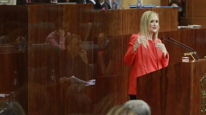 El PP presenta una queja en la Asamblea por los memes sobre Cifuentes de un diputado socialista