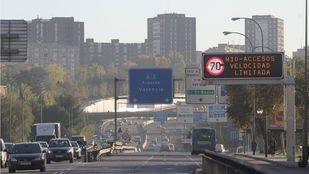 Madrid se suma al acuerdo con Greenpeace para reducir un tercio los desplazamientos en coche