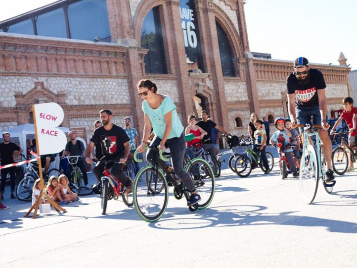Consejos, mitos y mapas en la última guía ciclista de la capital