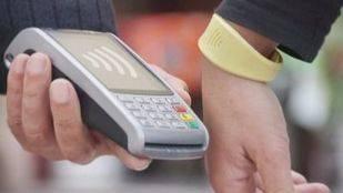 Pulsera Visa 'contactless' de CaixaBank