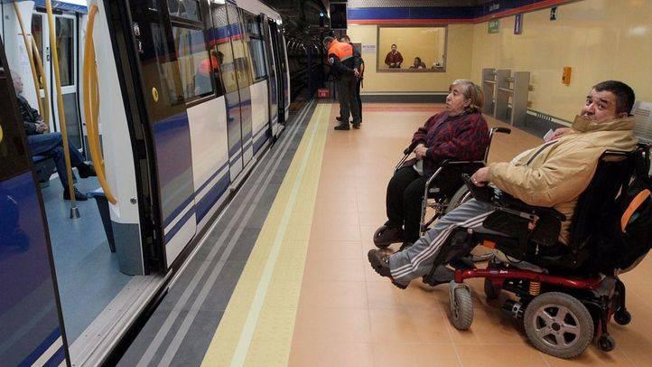 Ciudadanos critica la falta de accesibilidad de Metro y Cercanías