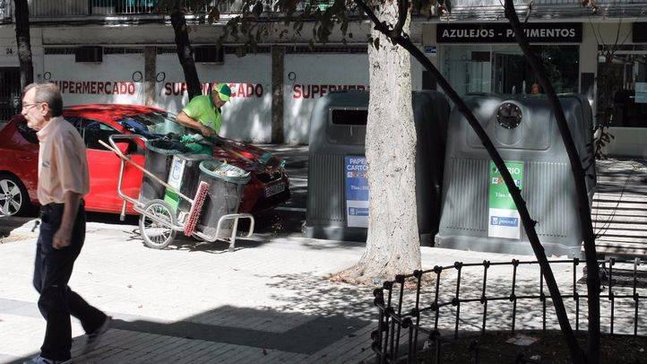 Basura y suciedad en el distrito de Villa de Vallecas. (Archivo)