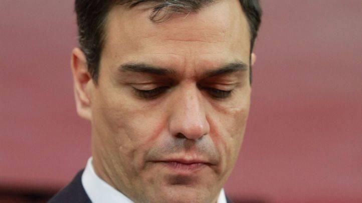 Críticos del PSOE presentan 17 dimisiones de la Ejecutiva, entre ellos Tomás Gómez, para provocar el cese de Sánchez