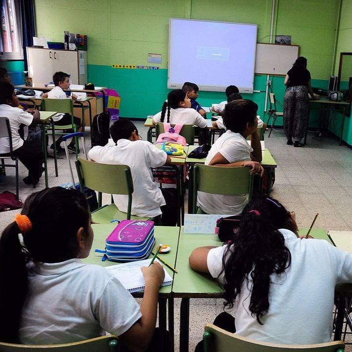 Alumnos en una clase de un colegio de Madrid