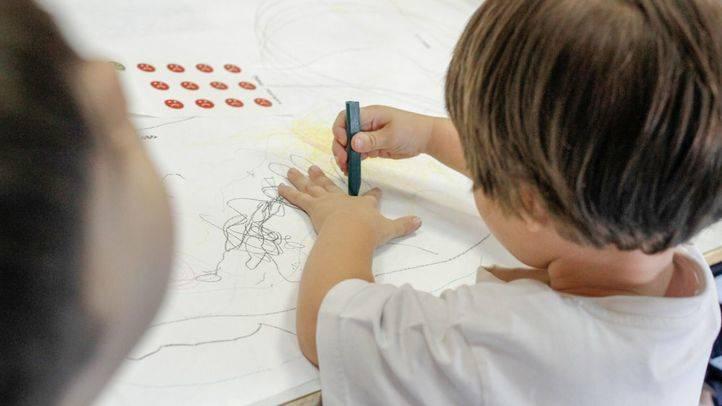 Un niño de Educación Infantil