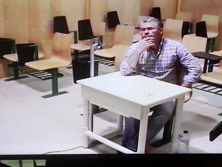 El juez prorroga la prisión de Granados porque dispone de dinero para huir