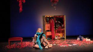 El teatro Fernán Gómez dedica este mes de octubre a la mujer