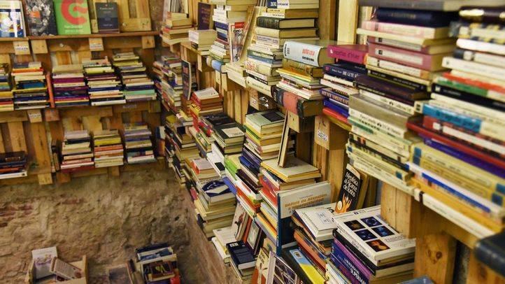 La Asamblea aprueba por unanimidad una iniciativa de apoyo a los libreros