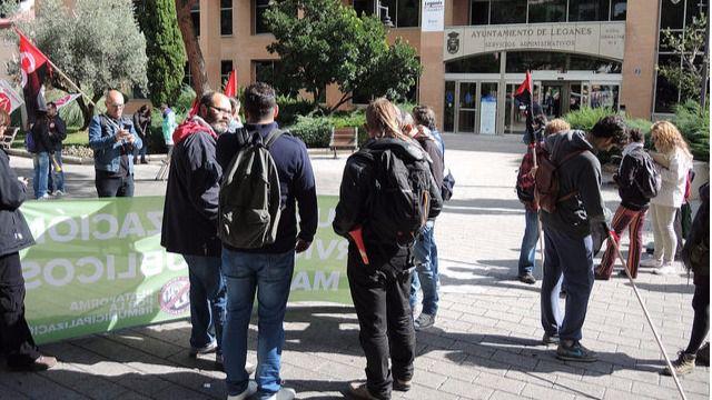 La huelga de los jardineros de legan s arranca con un for Sindicato jardineros