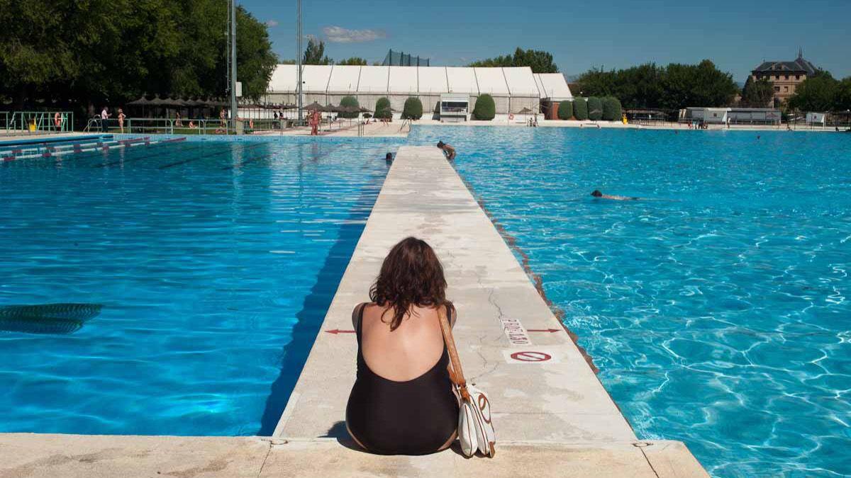 M s de euros para reformar las piscinas de puerta for Piscinas comunidad de madrid 2016