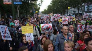 El rechazo al TTIP moviliza a miles de personas en Madrid