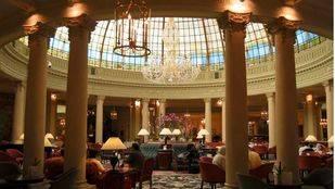 Apúntate a un asequible recital de ópera con cocktail solidario en el Palace