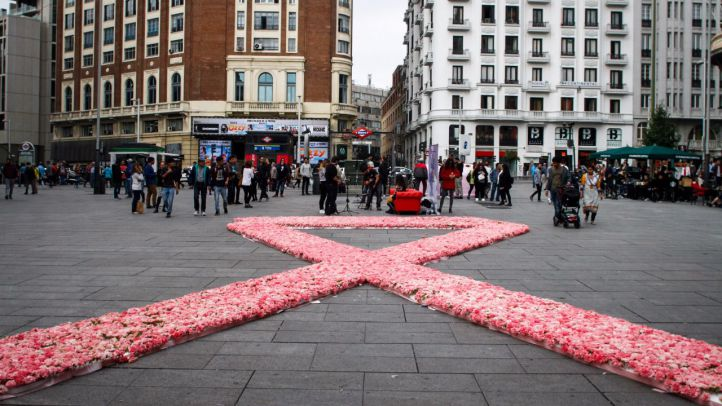 Cada año 25.000 personas son diagnosticadas de cáncer de mama, casi todas mujeres