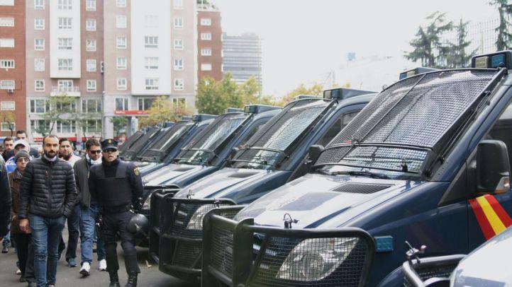 Nueve aficionados del Legia detenidos este martes pasan a disposición judicial