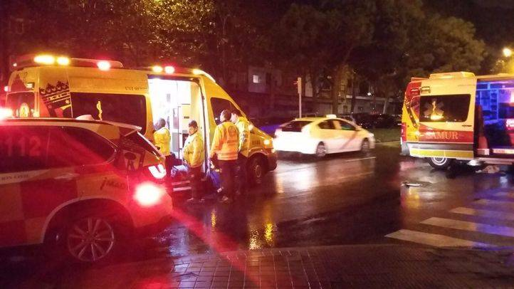 Un joven en estado muy grave tras ser arrollado por una furgoneta en Vallecas