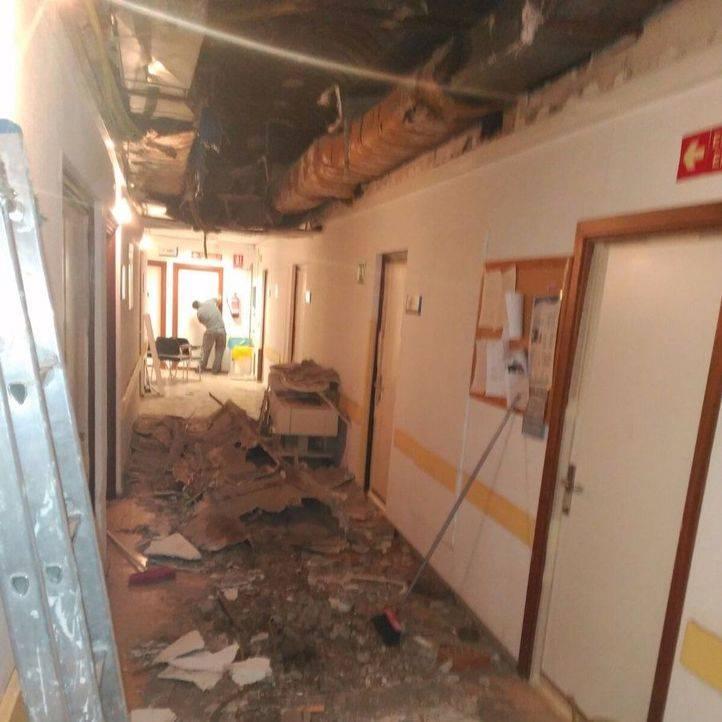 El techo de un pasillo del hospital 12 de octubre se desploma