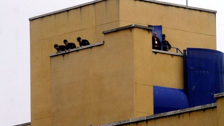 CIE de Aluche: varias ONG denuncian malos tratos a los amotinados