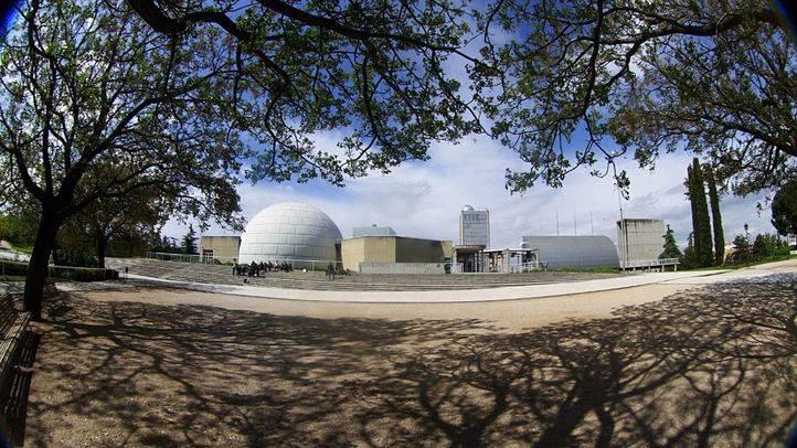 El Ayuntamiento mejora el entorno del Planetario