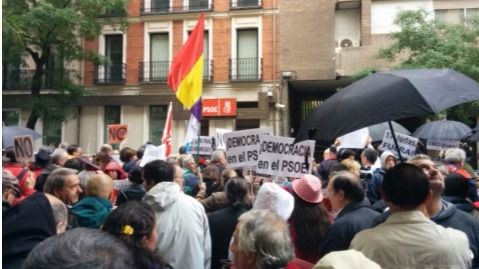 Protesta en Ferraz