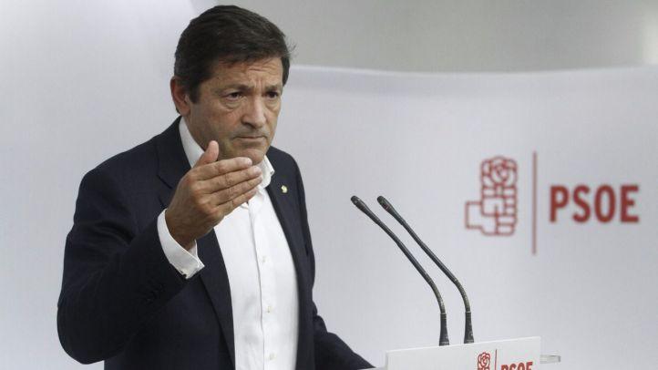 Barones del PSOE piden que solo se abstengan 11 diputados, lo necesario para investir a Rajoy