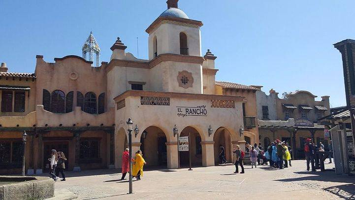 San Martín de la Vega y el Parque Warner piden que se reabra el Cercanías