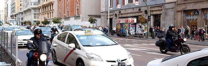 Este miércoles podría prohibirse circular por el centro a los vehículos impares por la alta contaminación