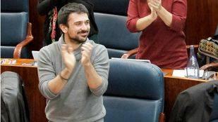 Ramón Espinar adquirió una vivienda protegida cuando era estudiante y la vendió meses después por 30.000 euros más