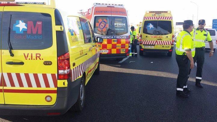 Un accidente entre tres coches y una ambulancia deja siete heridos en Alcorcón