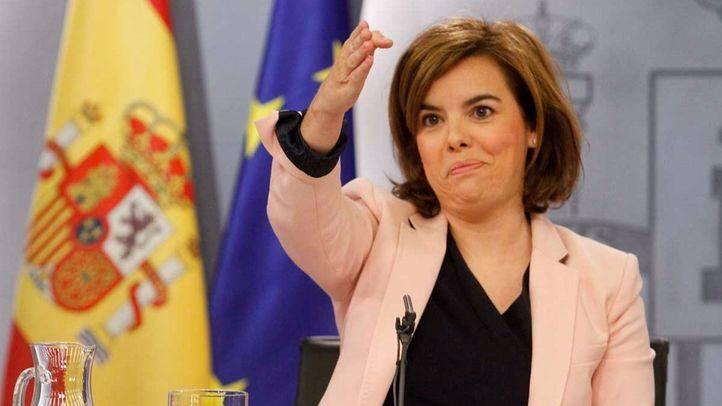Cospedal gana Defensa pero Sáenz de Santamaría se encargará del 'encaje territorial'