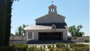 Capilla donde está enterrada Carmen Polo en el cementerio de Mingorrubio en El Pardo.