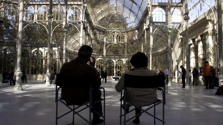 El Palacio de Cristal se derrumba con la escultura sonora de Baumgarten