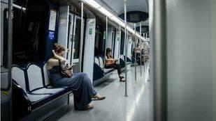 La Asamblea insta a la Comunidad a homogeneizar los horarios de la red de Metro
