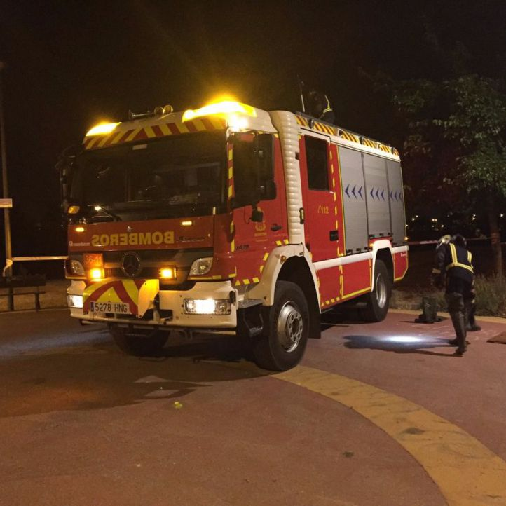Un hombre, en estado crítico tras caer desde la torre de Bomberos de Torrejón
