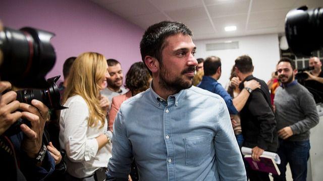 La mitad derrotada de Podemos espera que Espinar le deje espacio